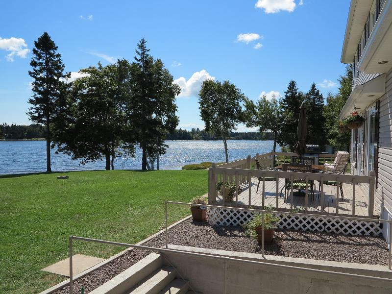83 Alayne - Gorgeous River Beach Front Homes - Mill River PEI - Woodstock - rentals