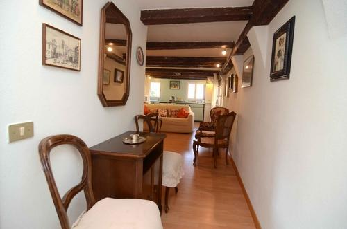 ID 2690 Bright Quaint 1brd apartment in Venice - Image 1 - Venice - rentals