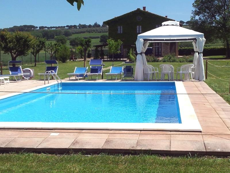 2 apartment for 12-16 guests in farmhouse - Image 1 - Perugia - rentals