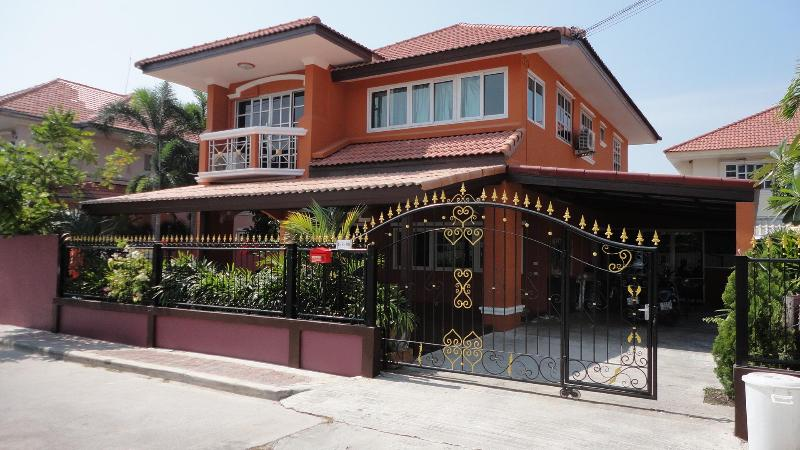 villa 138/80 - 4 bedroom, private pool, big livingroom - Pattaya - rentals