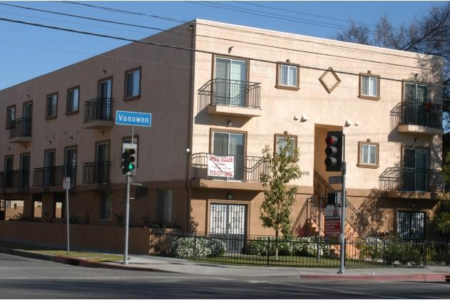 Large 2BR/2BA Townhome(#3) - 15 Mins to Hollywood! - Image 1 - Los Angeles - rentals
