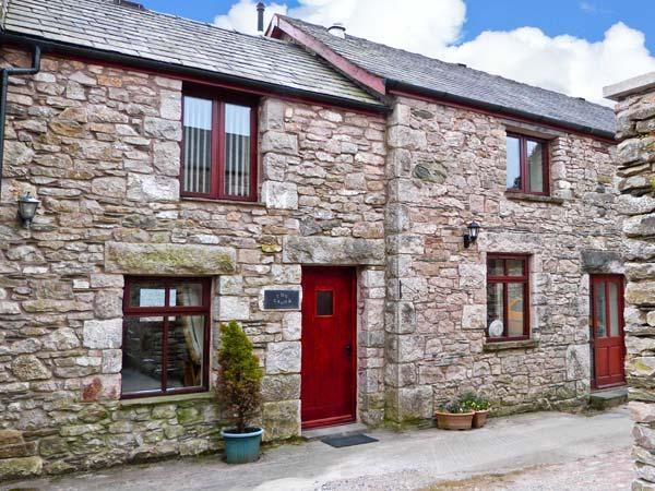 THE CROOK, off road parking, romantic break, great touring base, in Great Urswick, Ref 9837 - Image 1 - Great Urswick - rentals