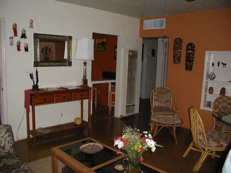 Livingroom - Charming 1950's one bedroom home - Tucson - rentals