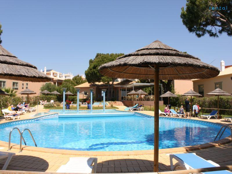 Pool Area  - Jitterbug Apartment - Portugal - rentals