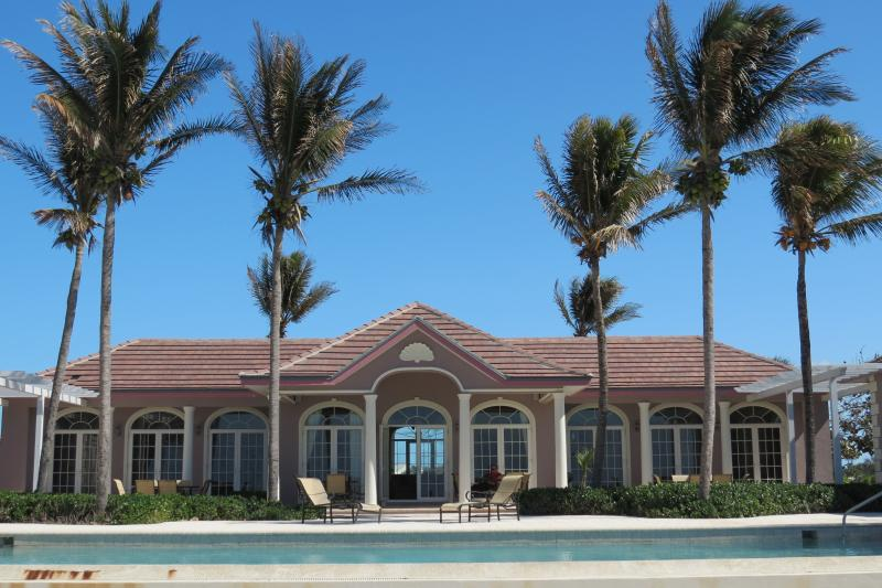 Waterside Escapes Oceanfront Villa - Luxury Oceanfront Villa for Island Tranquility - Grand Bahama - rentals