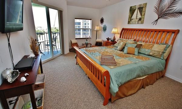 Master Bedroom - Spend Your Summer in a Nature Lovers' Paradise - New Smyrna Beach - rentals