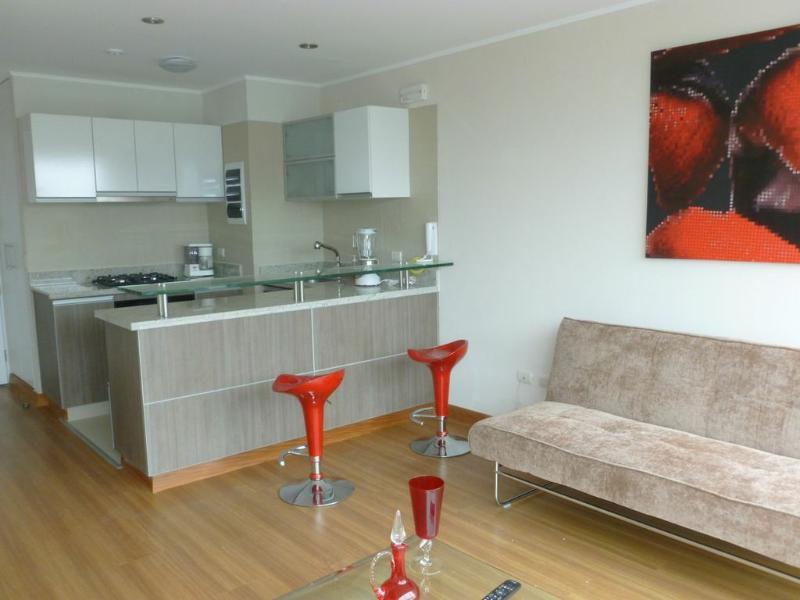 BARRANCO 360 , Freshly new Apartment ,Excellent location - Image 1 - Barranco - rentals