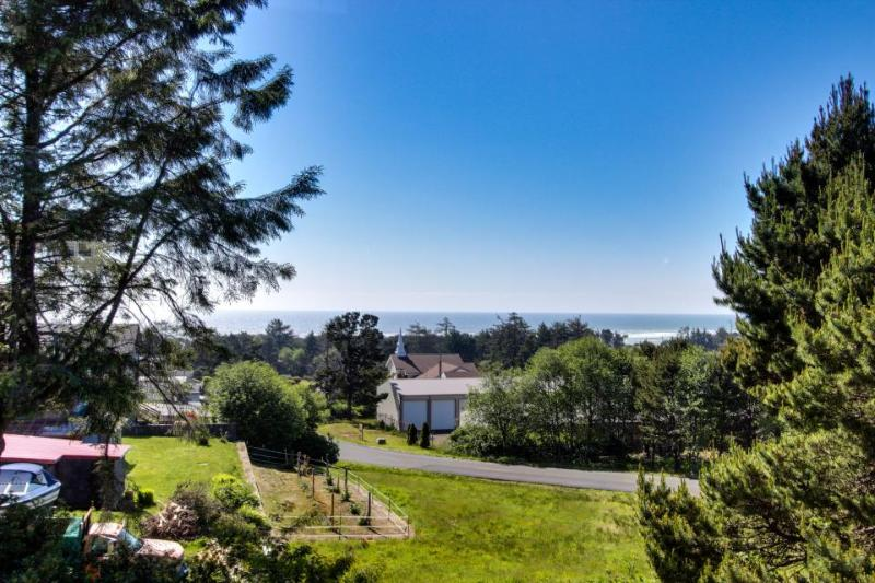 Sea to Sky Ocean View Retreat - Image 1 - Waldport - rentals