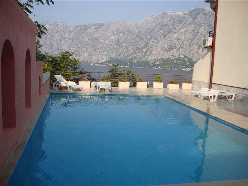 A pool with a view - Beautiful 2 bedroom apt with mountain & sea views - Montenegro - rentals
