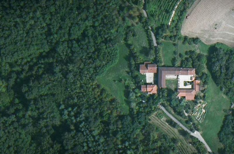 Location - Old Farmhouse in Piedmont: Cascina Valledelserro - Montafia - rentals