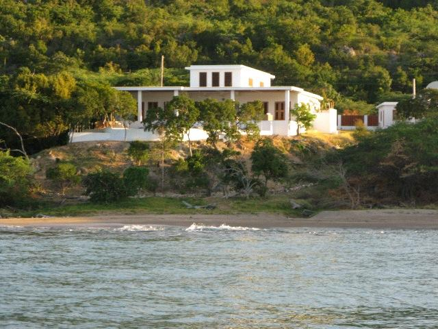 Minerva  - Contemporary styled luxury villa on private beach. - Treasure Beach - rentals
