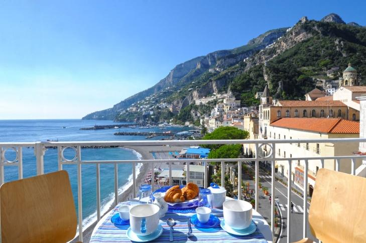 Dolce Vita A in the heart of Amalfi near beach - Image 1 - Amalfi - rentals
