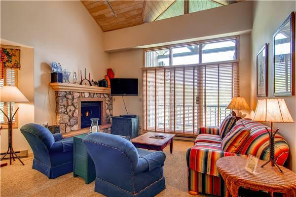 Borders Lodge - Lower 501 - Image 1 - Beaver Creek - rentals