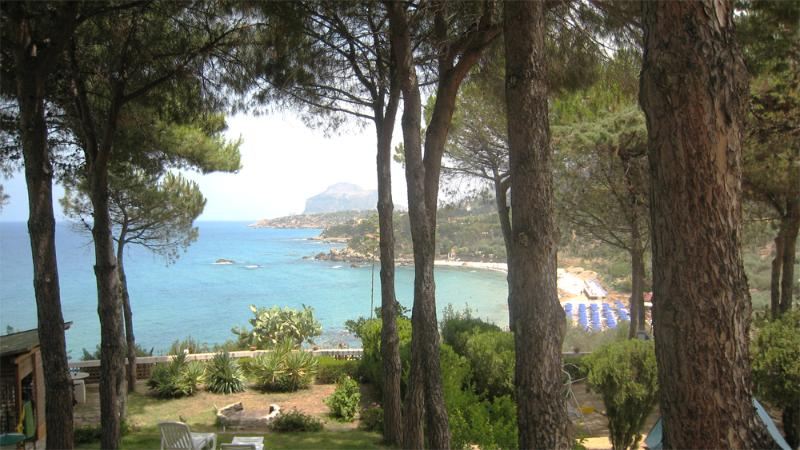 Front terrace view - A little spot in paradise, beachfront Villa - Cefalu - rentals