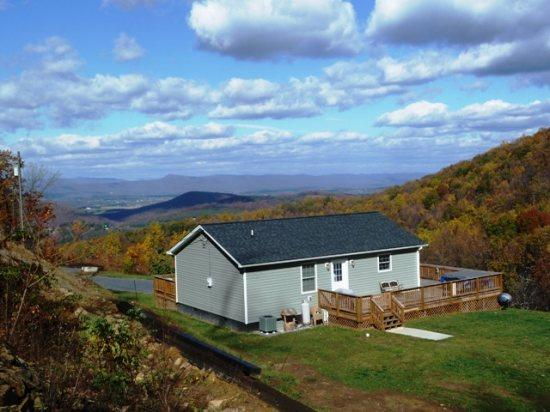 Welcome to Helms Mountain Hideaway - Helms Mountain Hideaway Cabin Rentals, Luray, VA - Luray - rentals