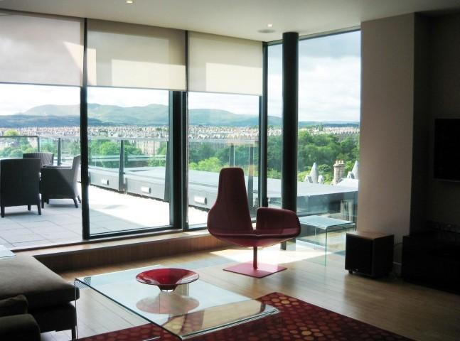 Exclusive city centre Penthouse with roof terrace - Image 1 - Edinburgh - rentals