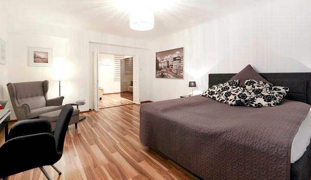 A Big bedroom with an XL Bed - Boutiquestyle 70m2 near famous Naschmarkt & City Center - Vienna - rentals