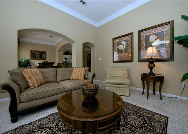 Living Room - Beautiful 3Bd / 2Ba 2nd Flr Double Garage Walking Distance to Beach LV-1106 - Gulfport - rentals