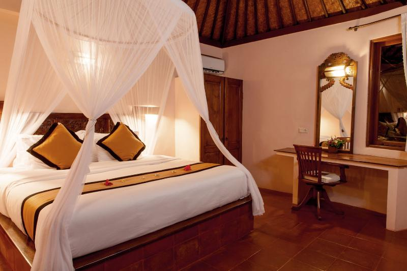 Bedroom - Romantic 1 Bedroom Villa at Seminyak - Badung - rentals