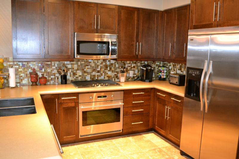 Gourmet Kitchen - Extravagance In The Heart Of Downtown Steamboat Springs! Walk To Everything! - Steamboat Springs - rentals