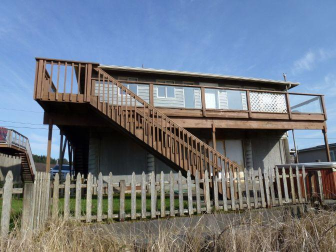 Back of Sea Breeze Home - Sea Breeze- Oceanfront House - Moclips - rentals