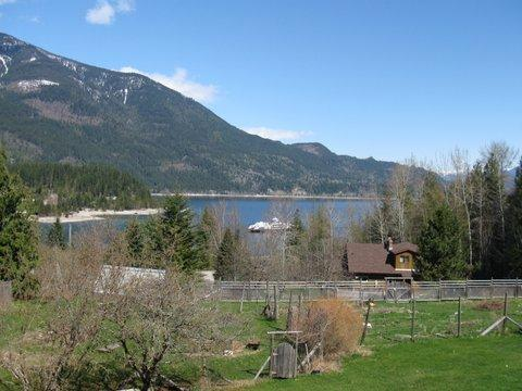 A view overlooking Kootenay Lake from your deck - Mossy Mountain Suite in Procter - Nelson - rentals