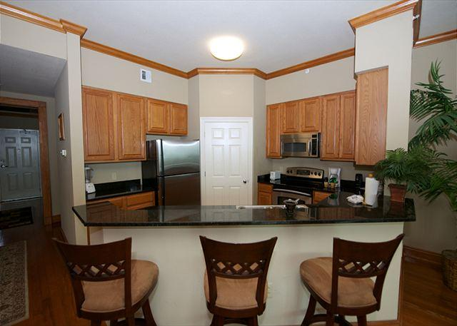 Kitchen - Beautiful 3 Bedroom / 2 Bathroom Penthouse Overlooking the Gulf LT1-1405 - Gulfport - rentals