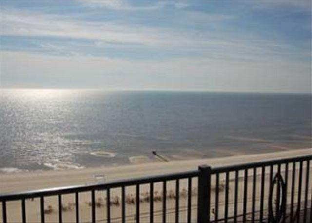 View from Balcony - Beautiful 3 Bedroom / 2 Bathroom Condo Overlooking the Gulf S-905 - Gulfport - rentals