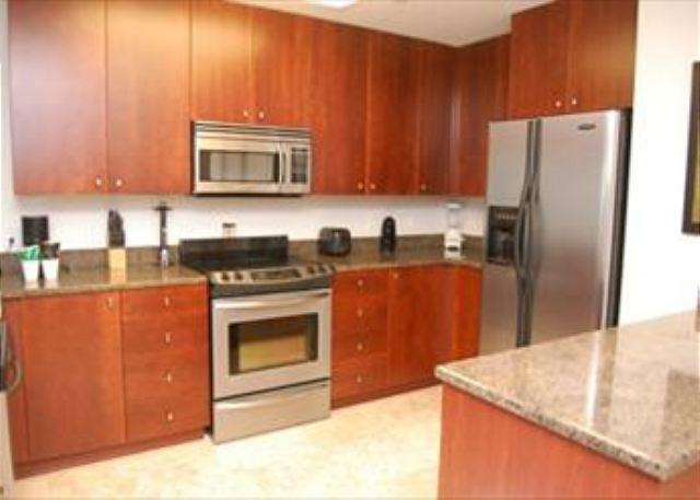 Beautiful 2 Bedroom / 2 Bathroom Condo Directly on the Beach SB-302 - Image 1 - Biloxi - rentals