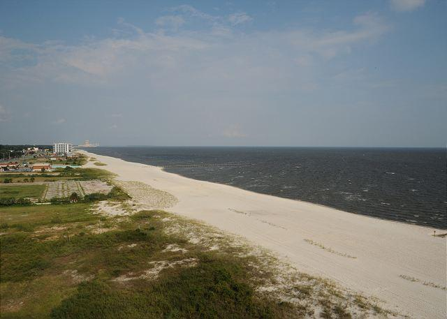 View - Beautiful 2 Bedroom / 2 Bathroom Condo Directly on the Beach SB-903 - Biloxi - rentals