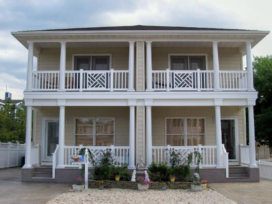 Beautiful Key West Style Pet Friendly Townhome - Image 1 - Beach Haven - rentals