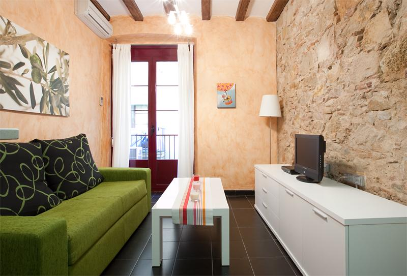 Guardia I - well furnished and great location - Image 1 - Barcelona - rentals
