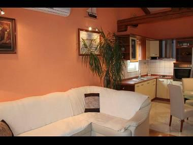 A6(5): living room - 8101 A6(5) - Duce - Duce Luka - rentals