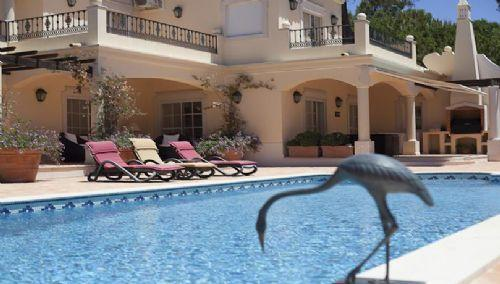 Elegant 4 Bed Villa - Quinta do Lago: PV4-69 - Image 1 - Quinta do Lago - rentals