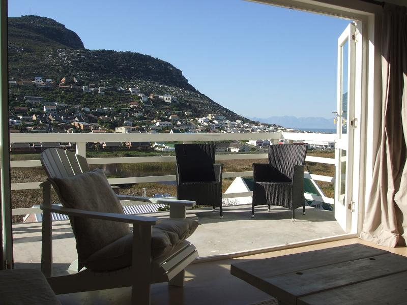 View from lounge to balcony - Spacious, light & airy self-catering apartment - Simon's Town - rentals