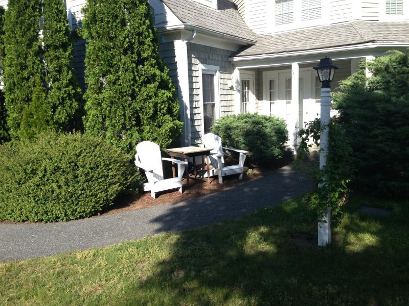 Like New Townhouse on the Rail Trail, near beach! - Image 1 - Brewster - rentals