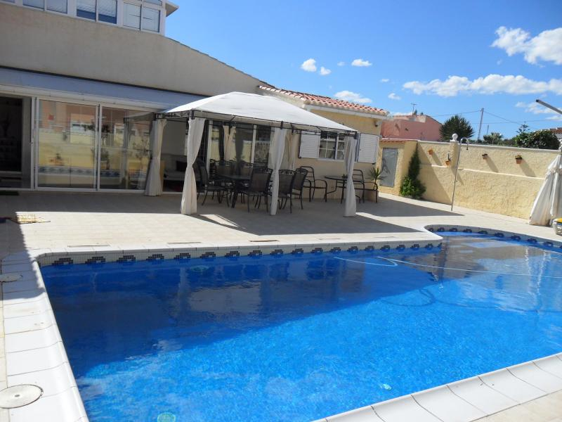 Front of Villa  - Costa Blanca - Stunning Villa with Large Pool - La Zenia - rentals