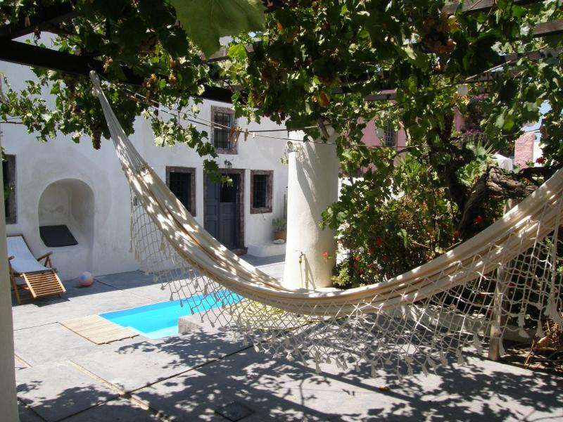 Hammock under the arbors  - Winery villa traditional and relaxing - Santorini - rentals