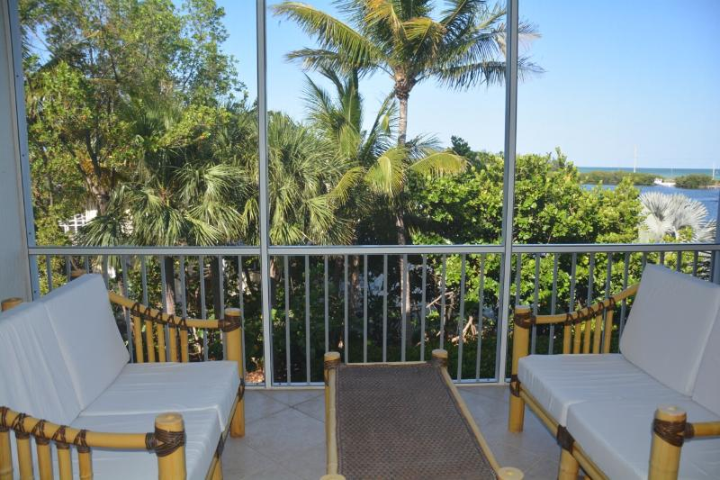 Lanai - BAY HARBOUR  - Where Luxury meets Paradise! - Islamorada - rentals