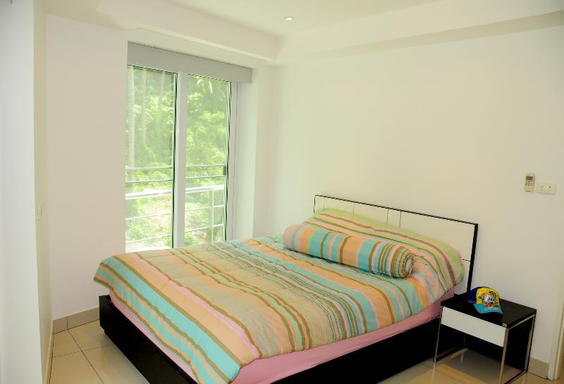Bedroom - Lovely One Bedroom Condo in Kata... - Kata - rentals