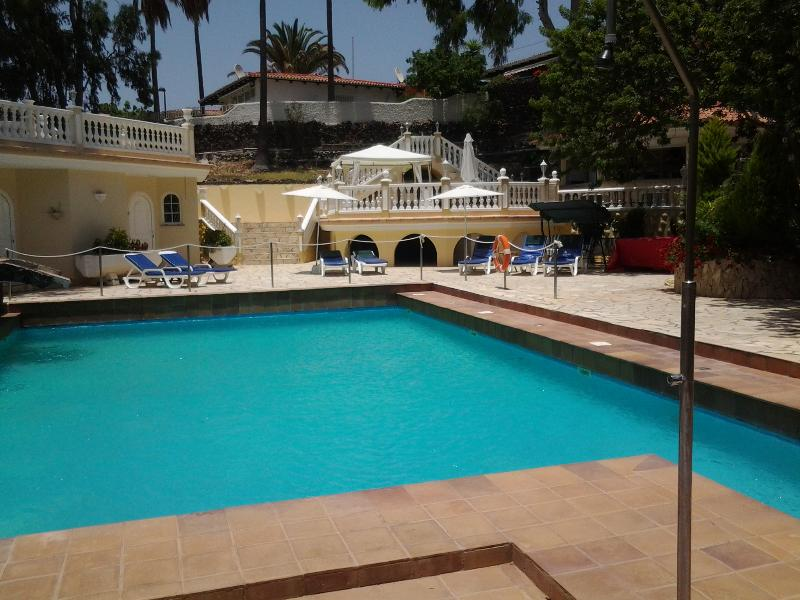 Pool view from main entrance - Paradise Suites a tranquil hideaway to escape to. - Tenerife - rentals