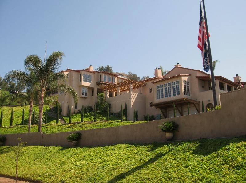 10000 sqft of int / ext San Diego Living - San Diego Vacation Home Rental, Ocean View, Pool - La Jolla - rentals