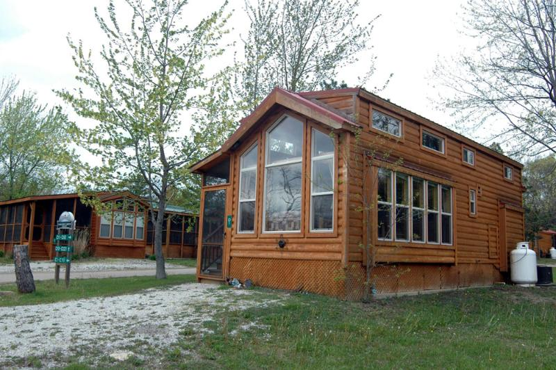 Outside - Upscale Family Camping N Kids' Summer Paradise! - Three Oaks - rentals