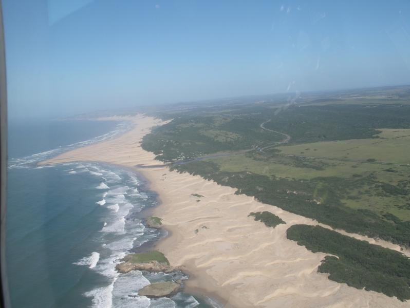 Aerial view of Tharfield Farm and the 3 Sisters beach - Tharfield Cottage for farm stays and outdoor adventures - Port Alfred - rentals