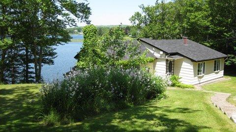 Little Yellow Cottage by the Sea - Yellow Cottage - Musquodoboit Harbour, Nova Scotia - Musquodoboit Harbour - rentals