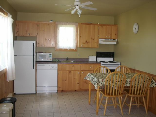 Cavendish PEI Area - 2 Bedroom Basic Cottage - Image 1 - Cavendish - rentals