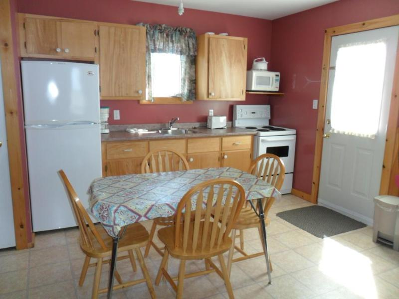 Cavendish PEI Area - 3 Bedroom  Cottage (7) - Image 1 - Cavendish - rentals