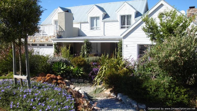 Front View - Cape Cod @ Hermanus self-catering holiday home - Hermanus - rentals