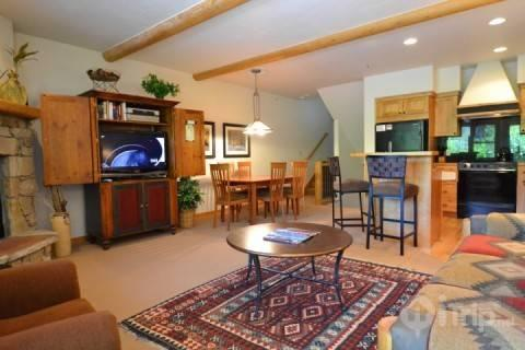 Living area with stone fireplace and mantle, HDTV (cable, DVD) and plush furnishings. - Deer Valley Foxglove with Hot Tub - Park City - rentals