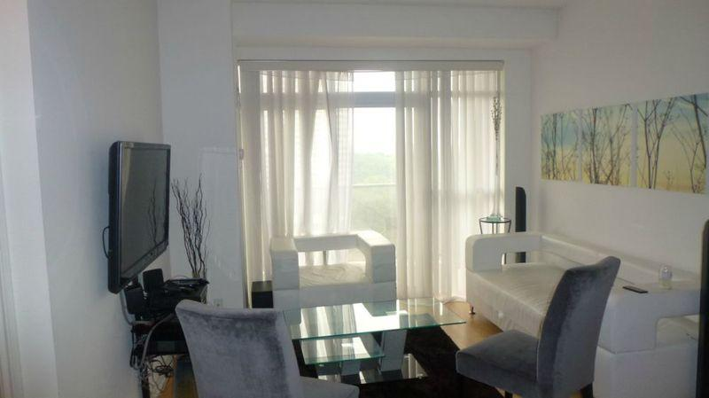Living Room - FULLY FURNISHED 2 BEDROOM 2 BATH CONDO IN MIDTOWN - Toronto - rentals